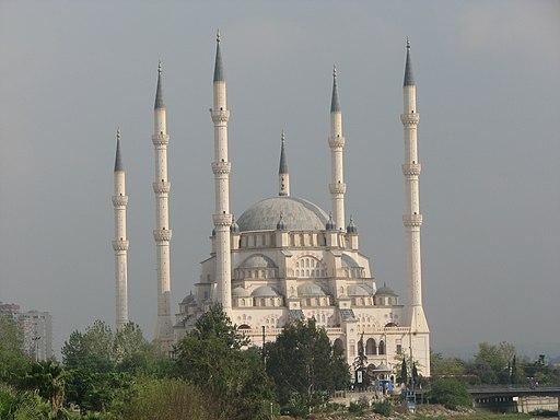 Mosquée en Turquie -  les édifices religieux de Babylone la grande sont luxueux et ont une valeur inestimable.