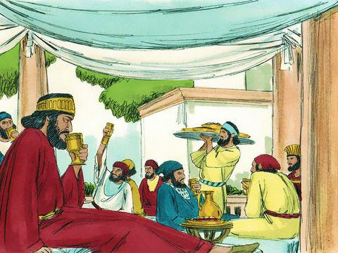 Puis, le roi perse poursuit avec un banquet dans le jardin du palais pour toute la population de Suse, la capitale, dans un cadre luxueux. En effet, on sert même à boire du vin royal en abondance dans des récipients en or !