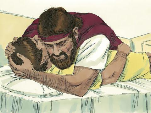 Le prophète s'allonge alors trois fois sur l'enfant et prie Dieu en disant : « Ô Jéhovah mon Dieu, s'il te plaît, fais que l'âme de cet enfant revienne en lui. L'âme est-elle revenue dans son enveloppe charnelle ? Ou est-ce la vie qui est revenue en lui ?