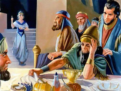 Alertée, la reine dit à Belshatsar qu'il y a, dans le royaume, un homme capable d'interpréter les rêves et d'expliquer les énigmes. Son grand-père Nébucadnestar l'avait lui-même désigné chef suprême des magiciens, des astrologues et des prêtres chaldéens.