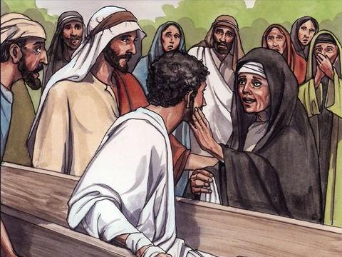 Jésus ressuscite la fille de Jaïrus, son ami Lazare et la fille d'une veuve de Naïn. Jésus a accompli de très nombreux miracles et s'est présenté comme « la Résurrection et la Vie ».
