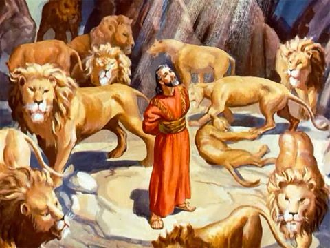 Le prophète Daniel est jeté dans la fosse aux lions par le roi Darius, les décrets chez les Perses étant irrévocables. Un ange de Jéhovah ferme la gueule des lions et Daniel est retrouvé indemne le lendemain par Darius, inquiet.