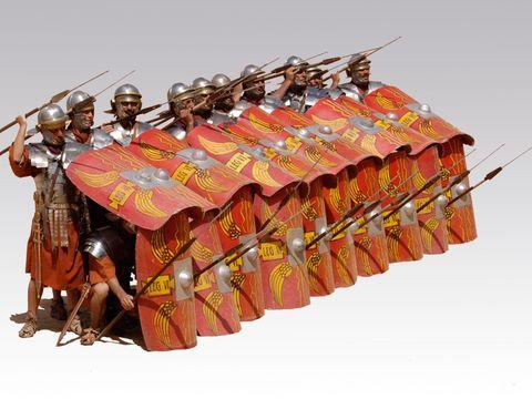 Le fer, métal dur, caractérise parfaitement la puissance de Rome dont l'armée est réputée implacable et invincible. Rome étend sa domination sur toute la péninsule Italique, puis autour de la Méditerranée et bien au-delà. Rome devient l'Empire.