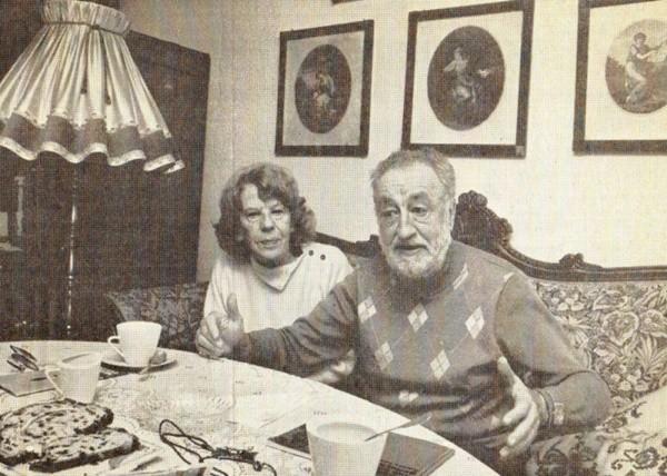 Gisela und Joachim in ihren 'Vertellerhus' in Westerhever/Eiderstedt (Foto:Kroener)