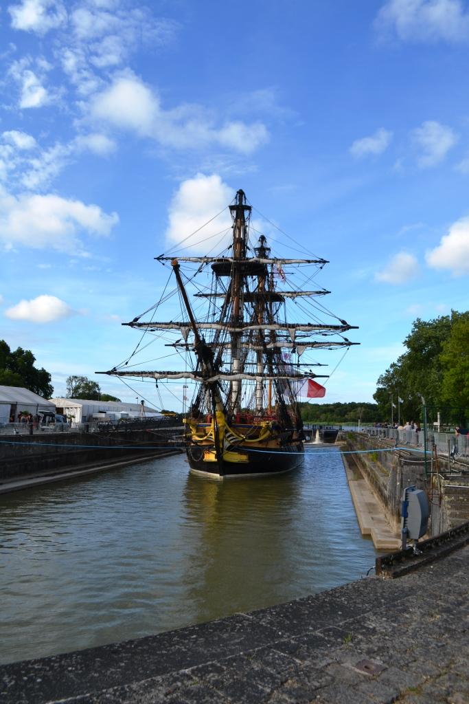 Arsenal maritime de Rochefort _ forme de radoub Napoléon III Hermione