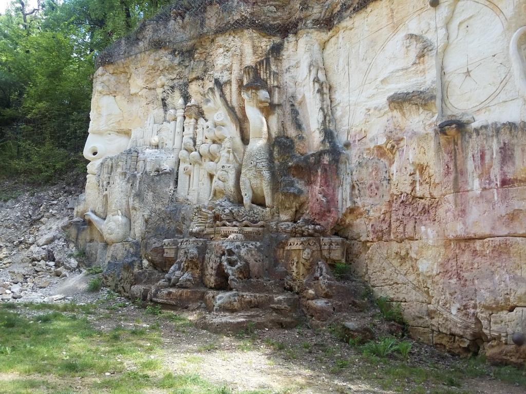 Le site des Lapidiales, à 20 mn du gîte