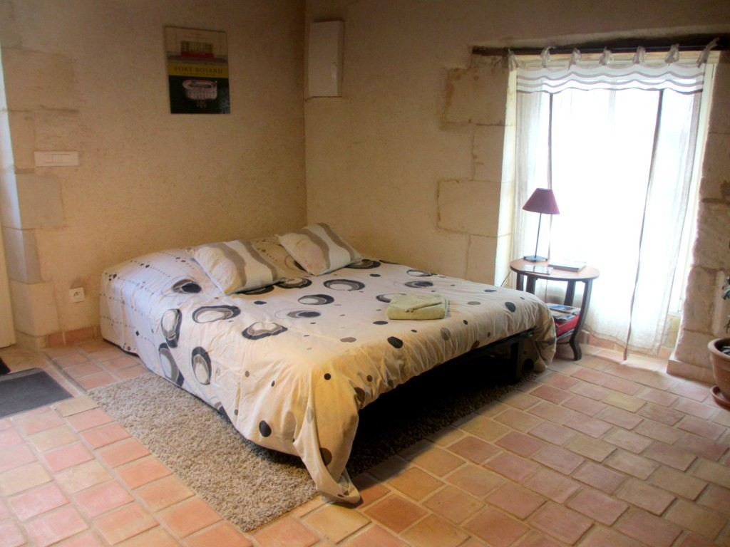 Possibilité lit double dans salon Le Four à Pain - Gîte du Maréchat à Cabariot