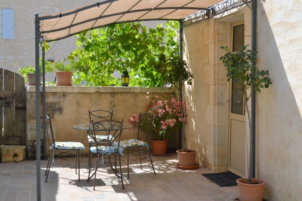 Terrasse sud Gite Le Four à Pain - Gîte du Maréchat Cabariot