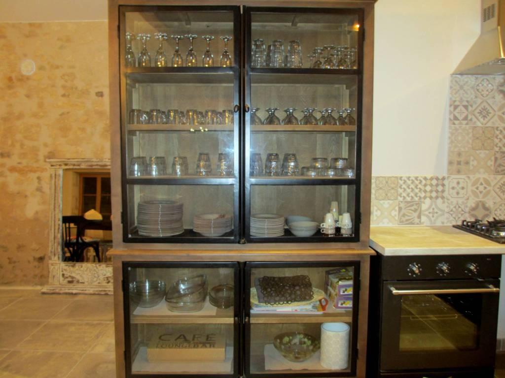 Rangement facile de la vaisselle couverts et verrerie - Fabrication française