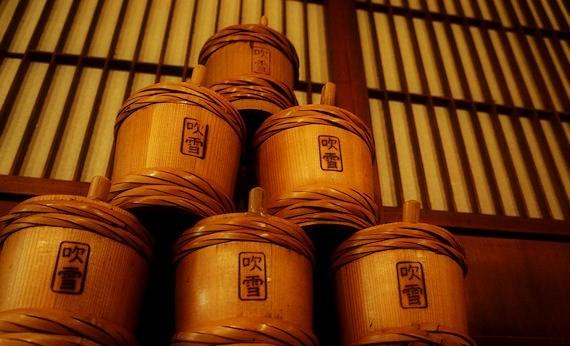 吹雪といえば…伝統の酒樽~今も健在!!~