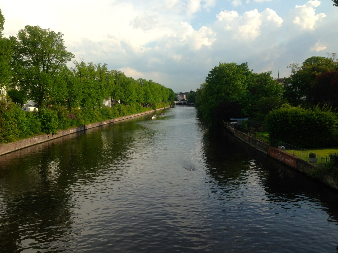 one of the many Alster sidearm canals