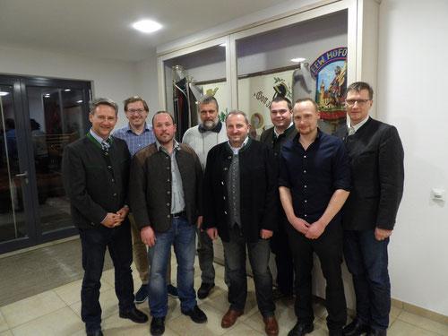 Im Rahmen der Vorstandswahl wurde der bisherige 1. Vorstand Thomas Hirsch im Amt bestätigt.