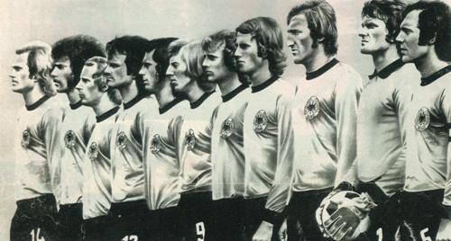 Das WM 74 Team