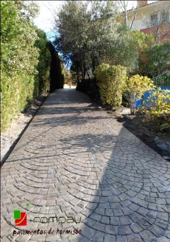 beton imprime pave evantail Aviñon