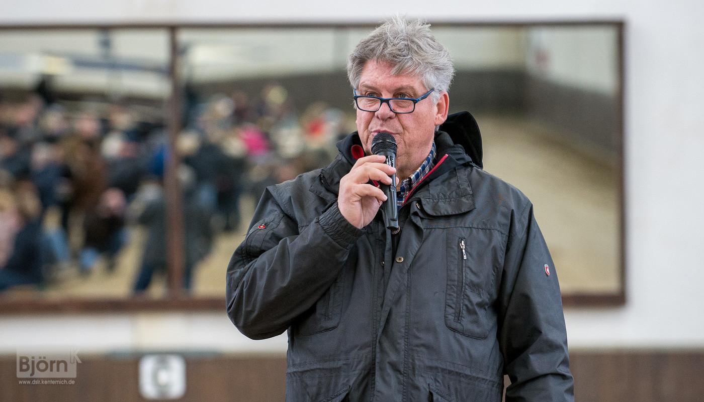 Moderator Johannes Hoyos aus Österreich
