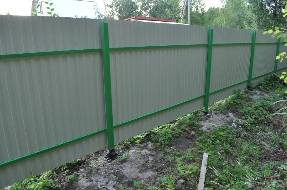Забор из профнастила на 2 лаги