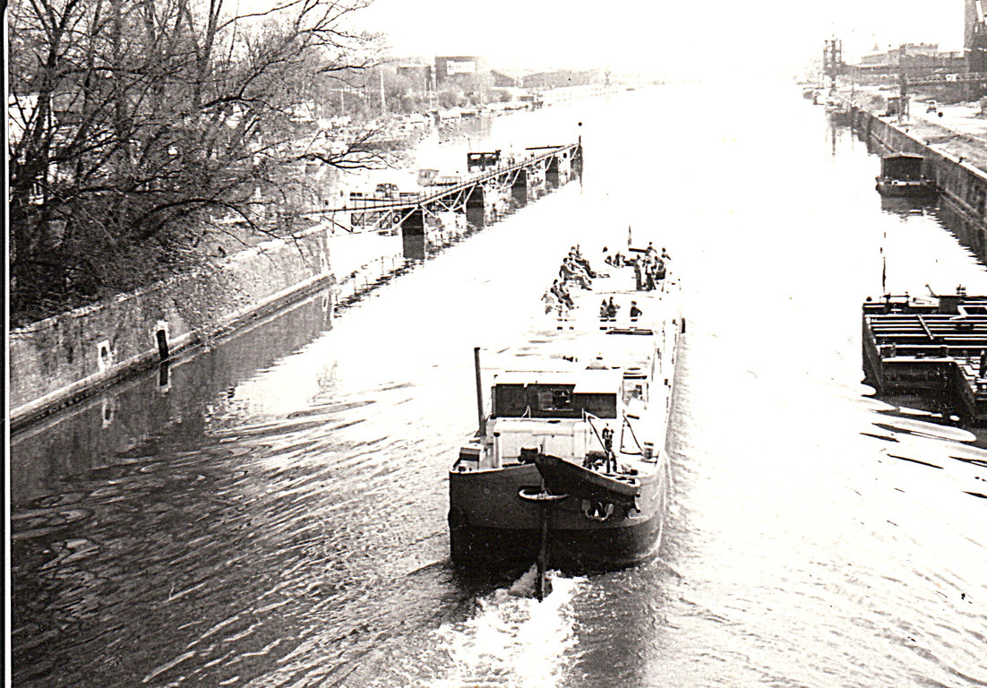 Ric's Art Boat. 1974