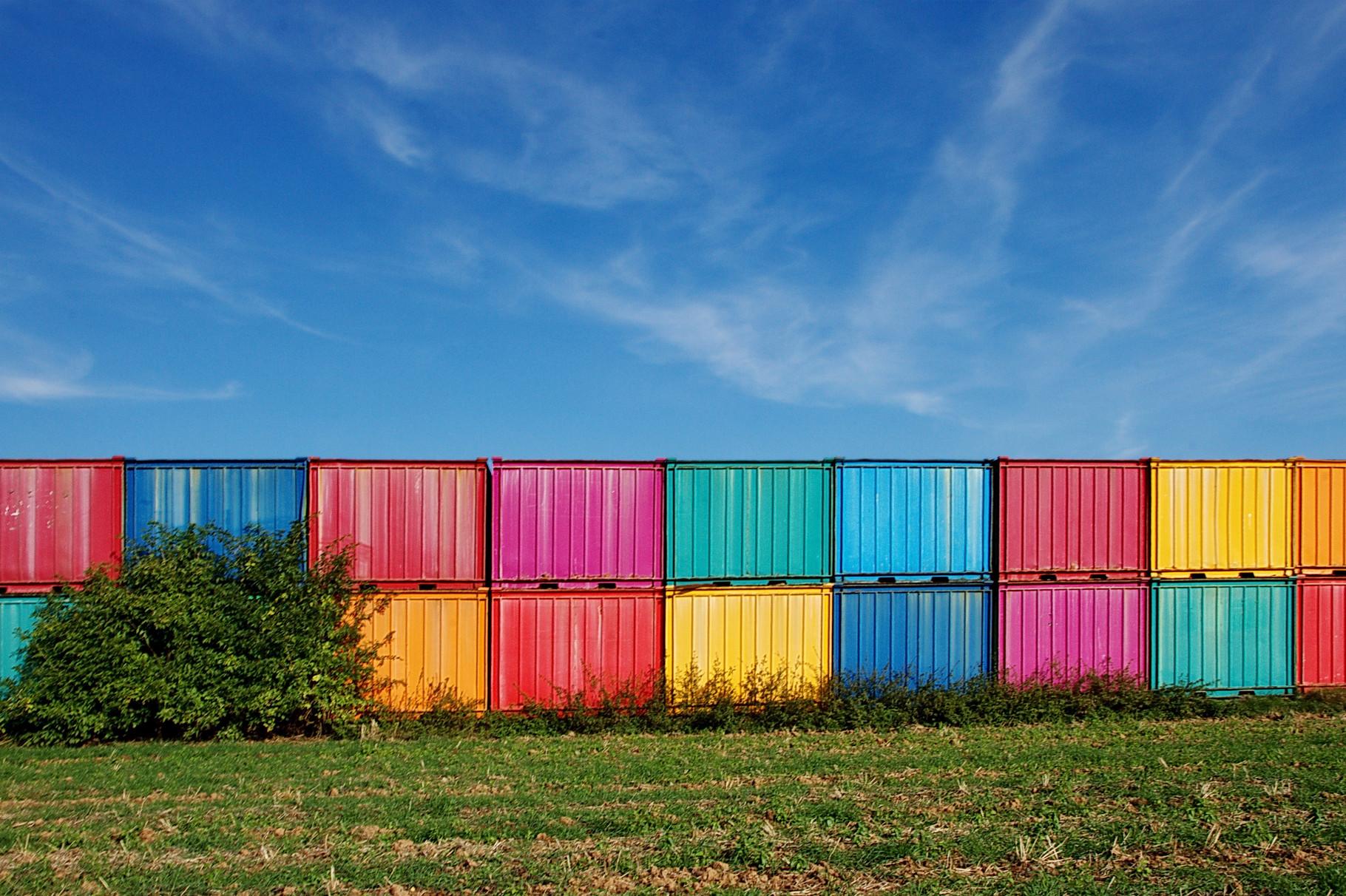 bunte Container in Wisskirchen