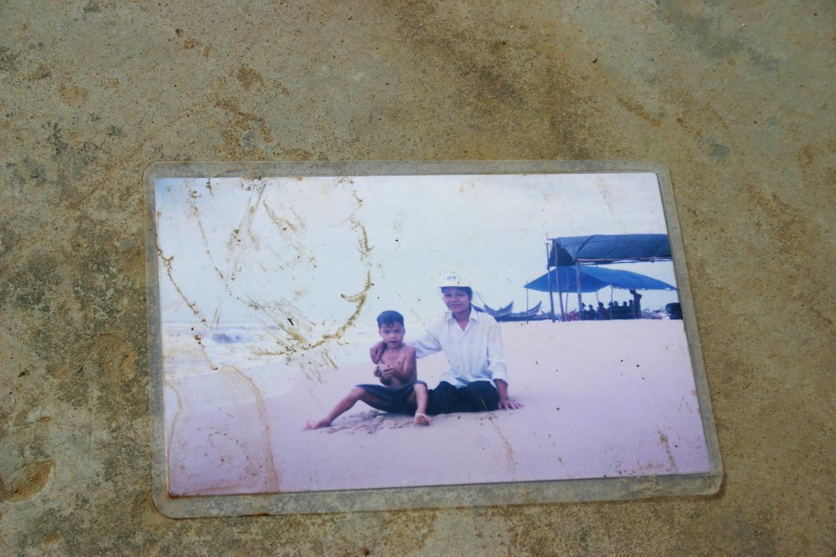 Erinnerung an gemeinsame, frohe Stunden am Strand.