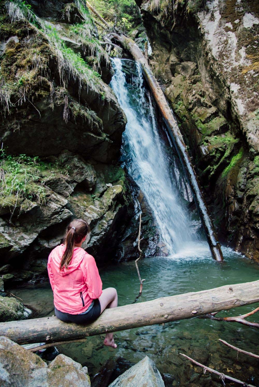 Hike & Swim: Geheimer Badeplatz in Tirol: Piller Wasserfall