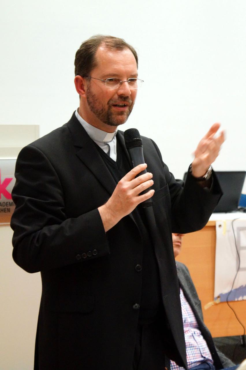 Generalvikar Dr. Andreas Frick