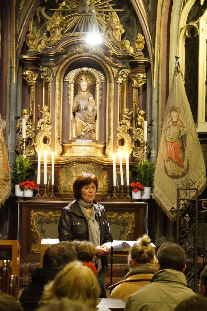 Im Aachener Dom zur Vesper