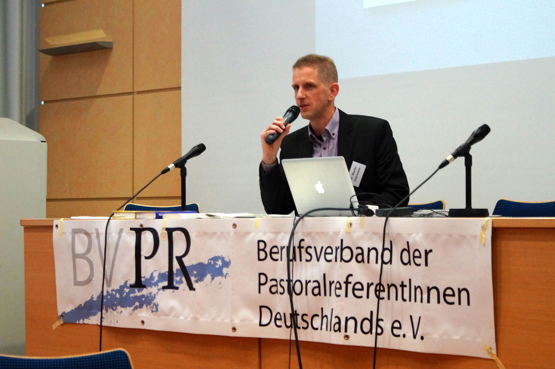 Referent Dr. MArtin Ostermann