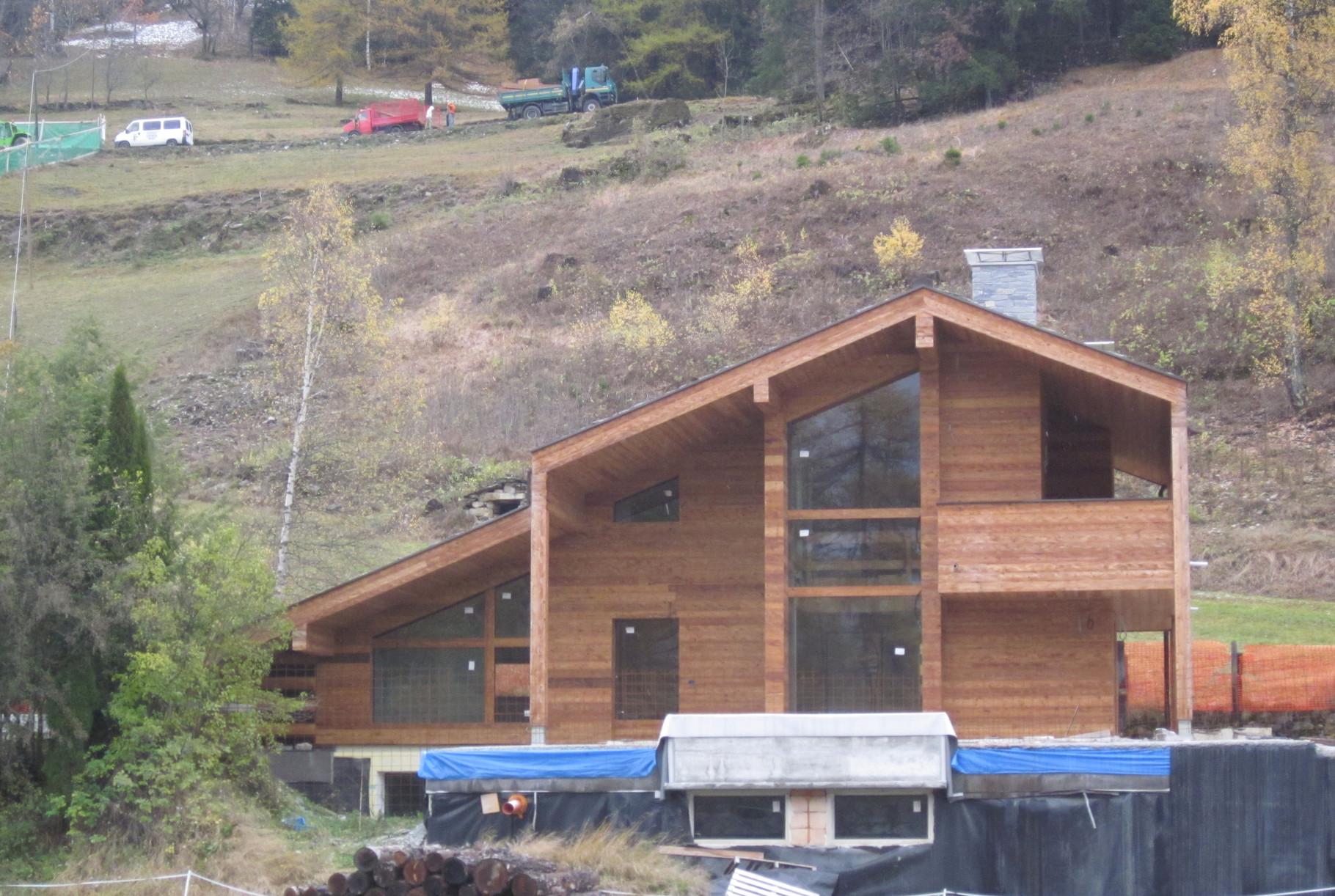 Abbruch-Wiederaufbau - Ferienhaus Chalet in Cormayeur Aostatal