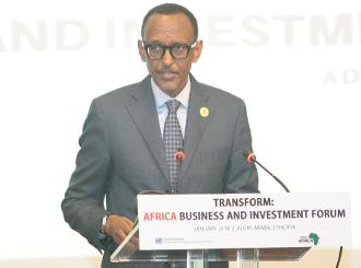 le Président du Rwanda et Président de l'Union africaine (UA), Paul Kagame, a félicité la Commission économique pour l'Afrique (CEA) pour avoir mobilisé les parties prenantes à un dialogue réunissant le secteur public et le secteur privé.