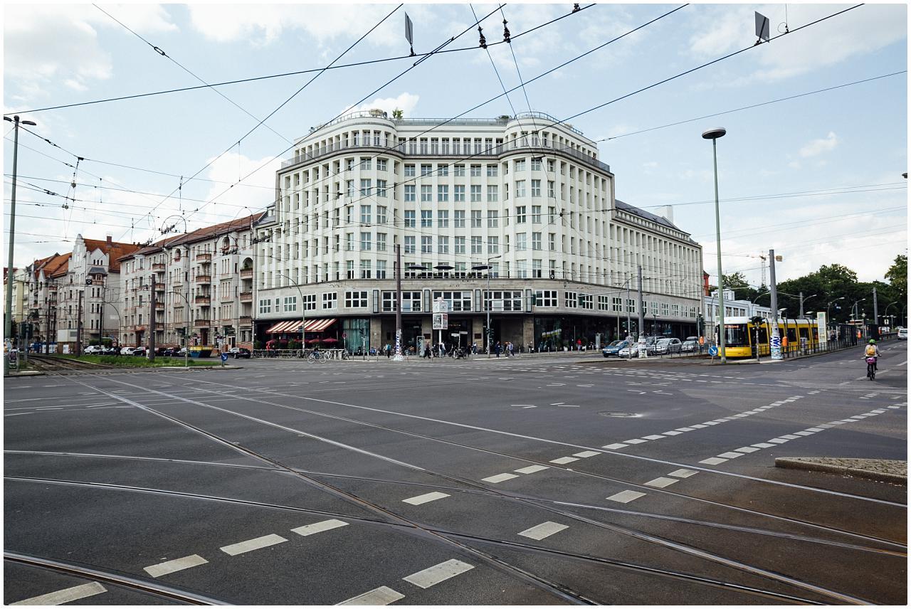 Außenaufnahme des Soho House an der Prenzlauer Allee in Berlin