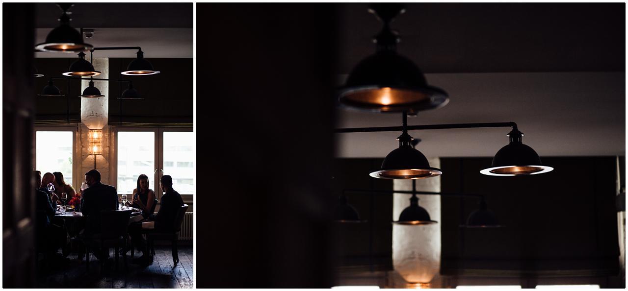Wunderschönes Designlampen an der Decke des Soho House