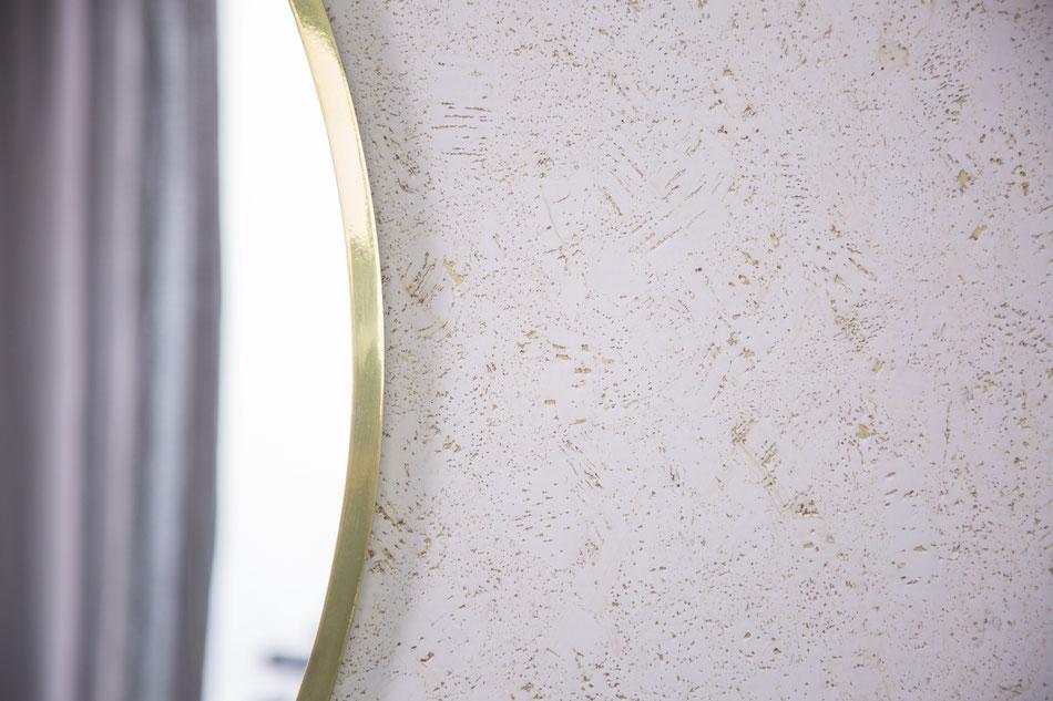 Die Korktapete - Cortica in weiß gold von time to GOHOME. Kork Tapete, Cork wallpaper