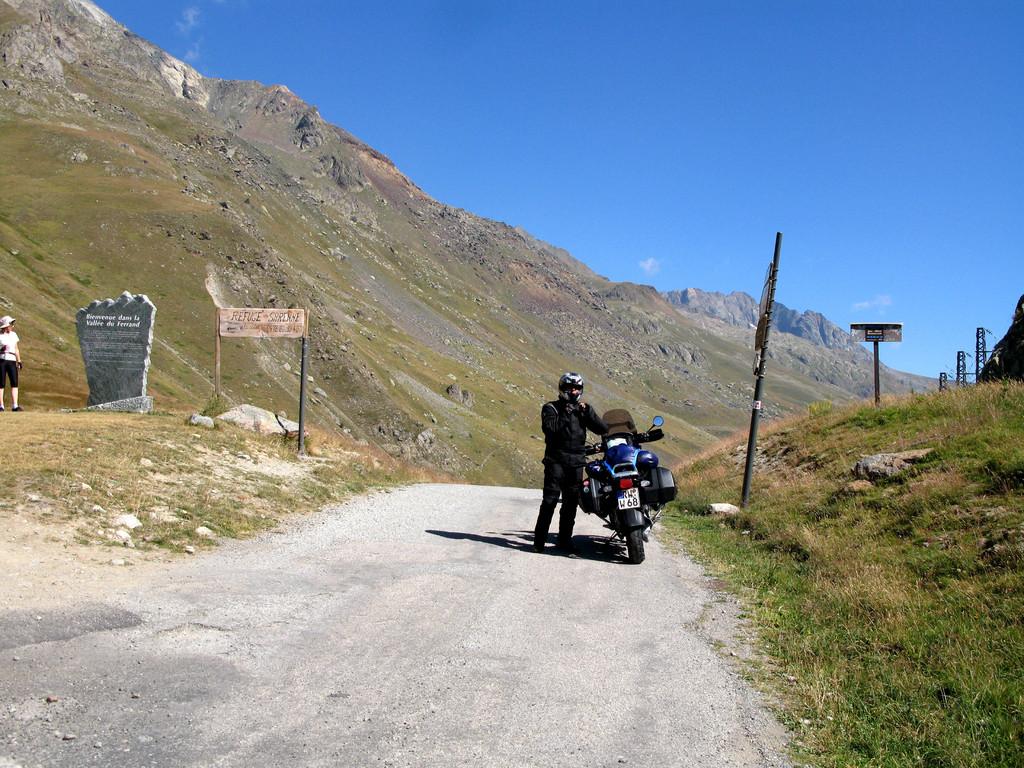 Der Sarenne ist eine alte Poststraße, fast kein Verkehr