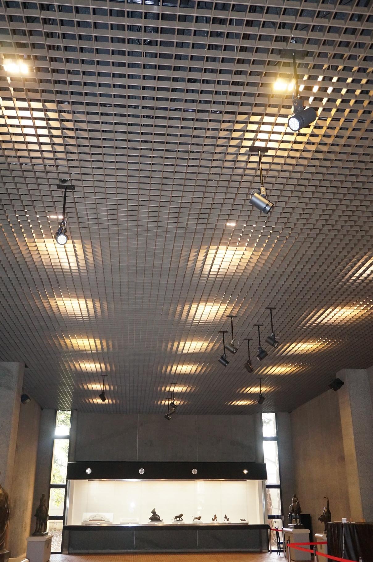 井の頭文化園彫刻館照明リニューアル工事