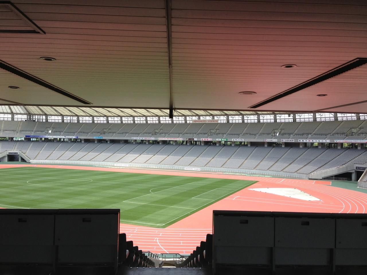 味の素スタジアム客席通路LED照明設備工事