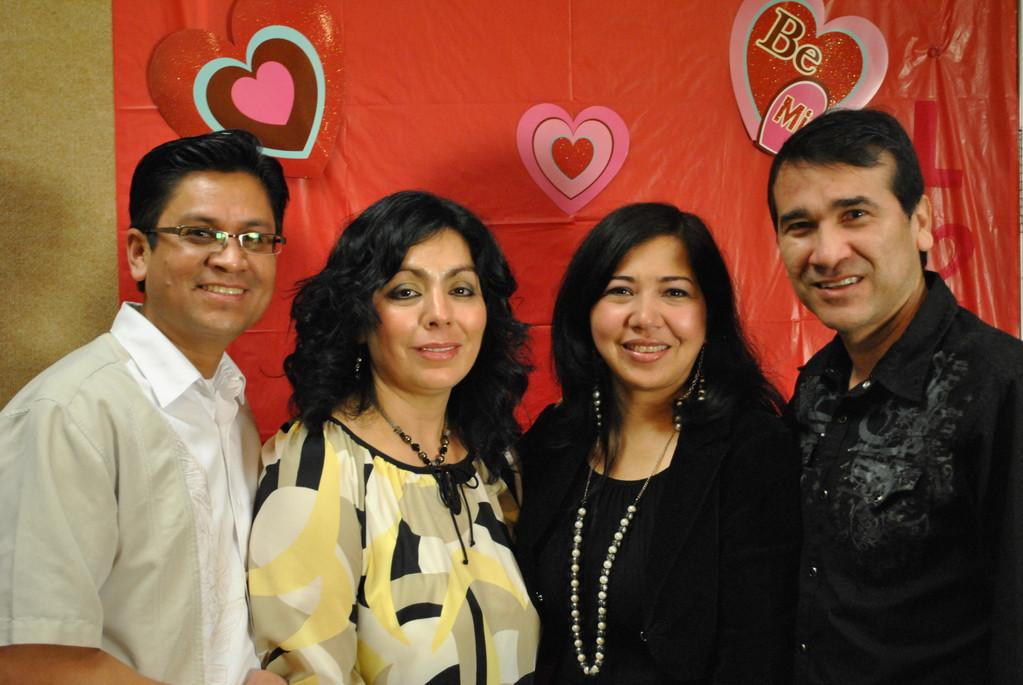 Pastores Nemias y Gloria/Claudia y Diego Montilla