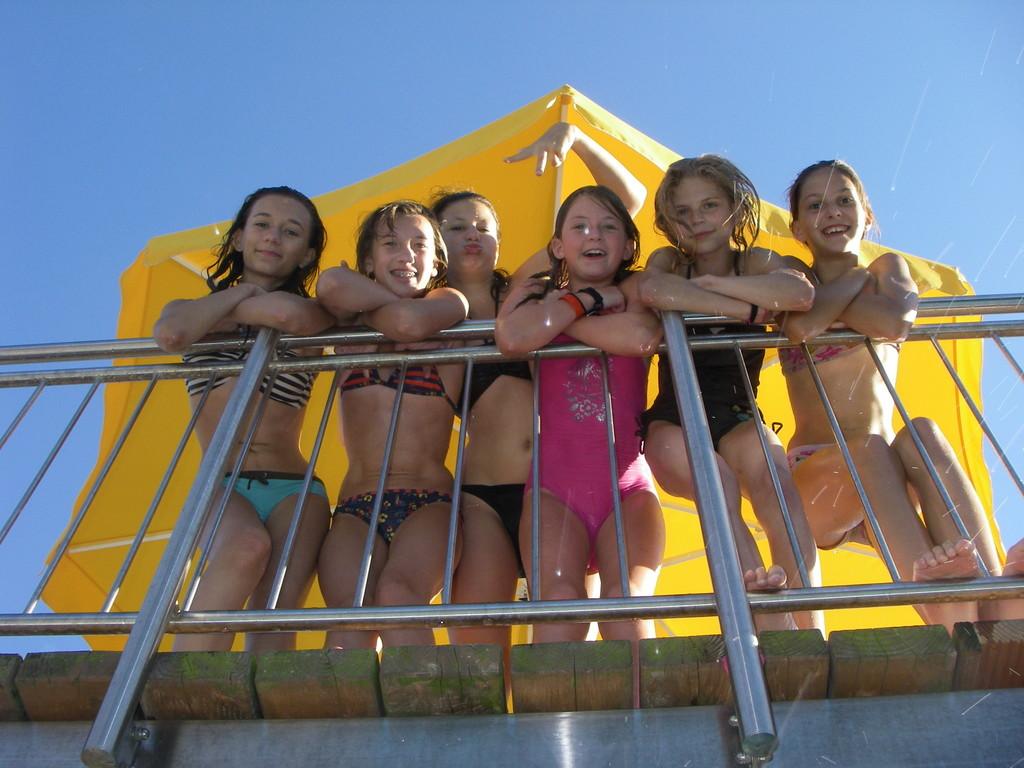 Gruppenfoto im Schwimmbad