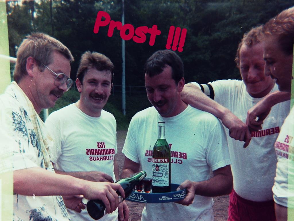 Schakas 1980er Jahre - da wurde noch mit Asbach gespielt - Dank Werner Christ