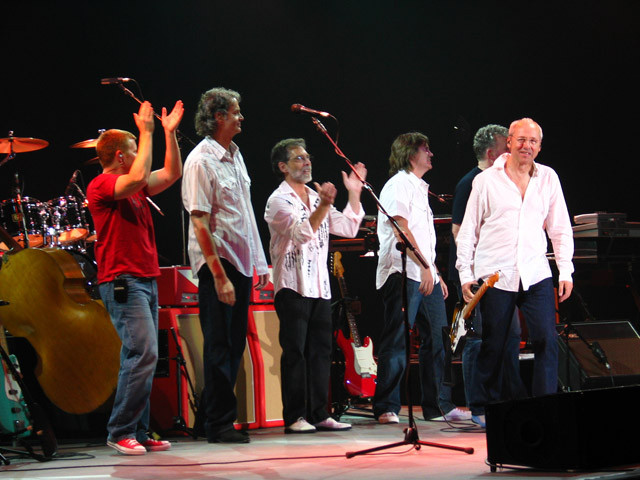Matt Rollings, Glenn Worf, Richard Bennett, Guy Fletcher, Danny Cummings, Mark Knopfler