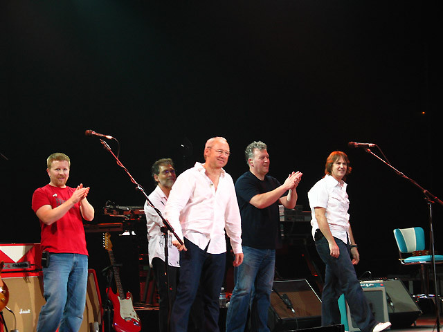 Matt Rollings, Richard Bennett, Mark Knopfler, Danny Cummings, Guy Fletcher