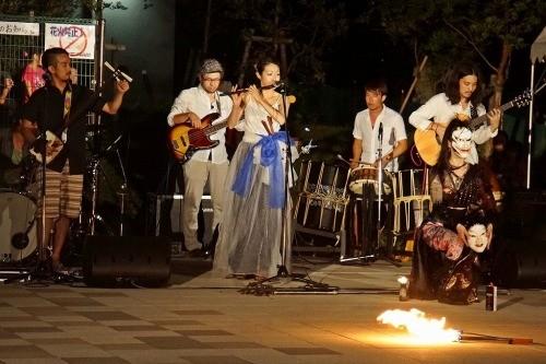 津軽三味線と篠笛、和楽器、お面の舞