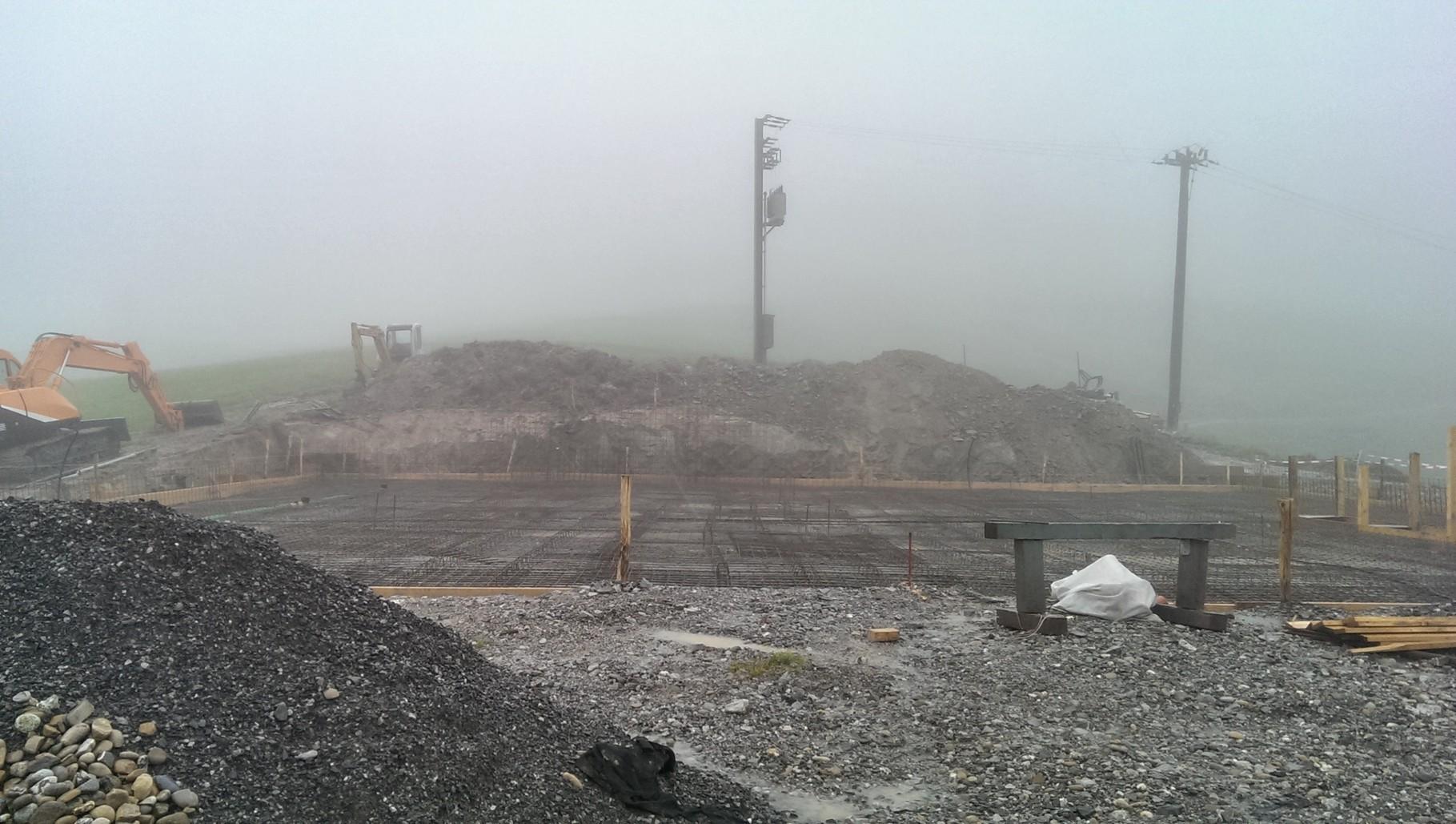 08.07.14 Baustelle wartet auf Wetter zum Betonieren :-)