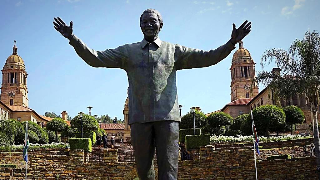 Statue de Mandela à Pretoria