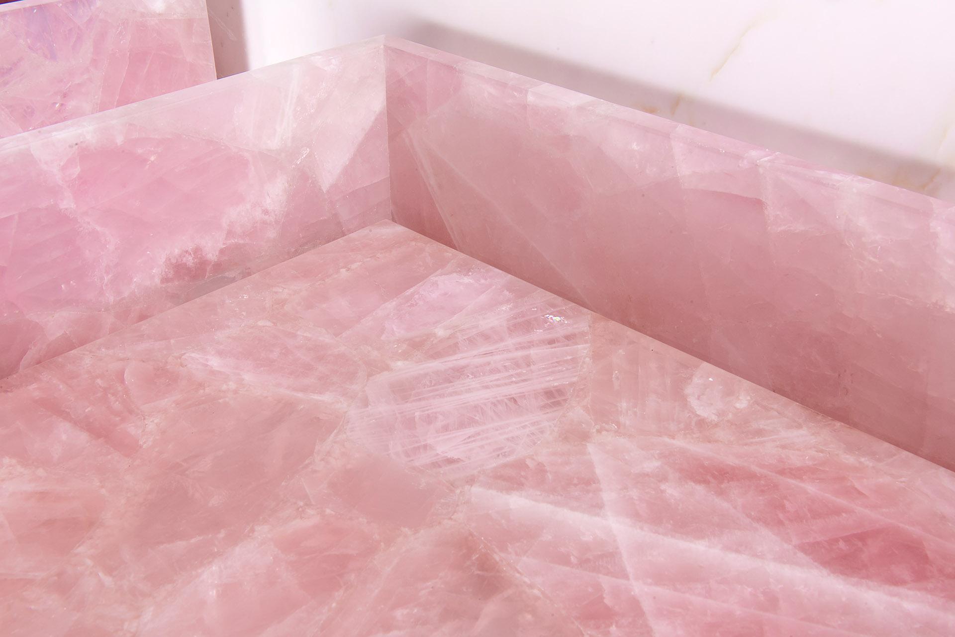 Close uo Pink Quartz