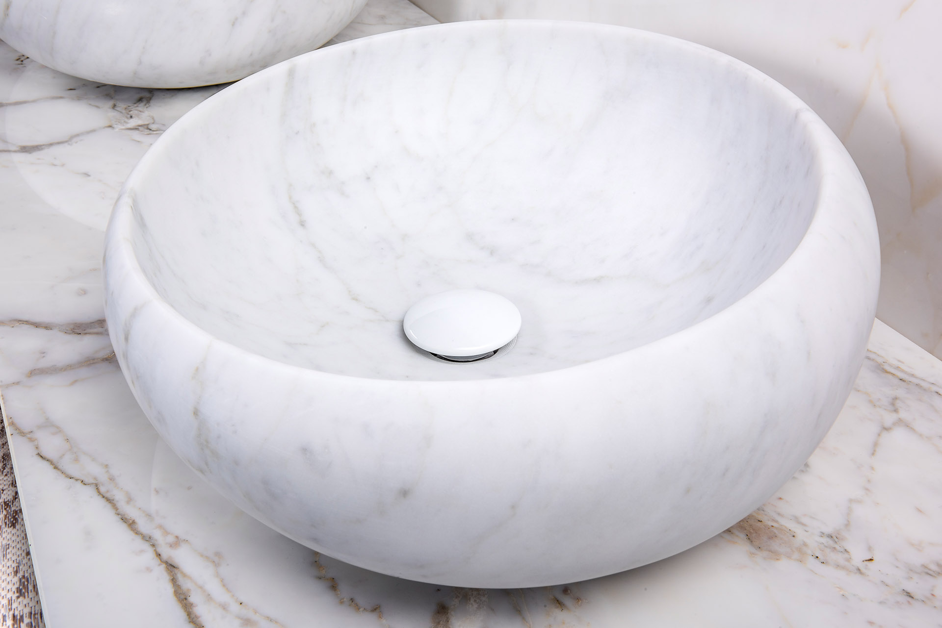 Bianco Carrara - Pure Natural Design