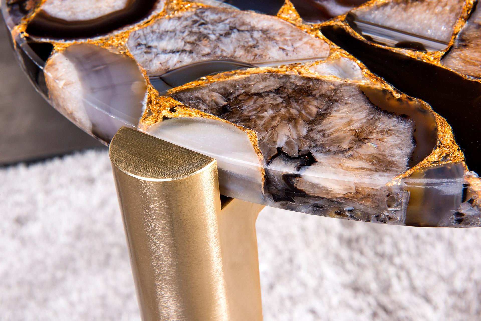 Close Up Umbra Agate