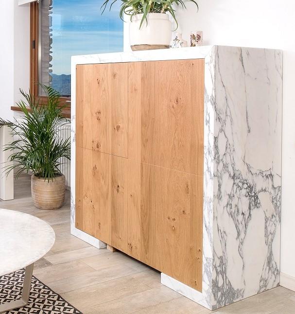 Oak and Calacatta marble