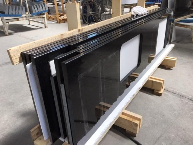 We zijn ook sterk in de productie van werkbladen en wastafels