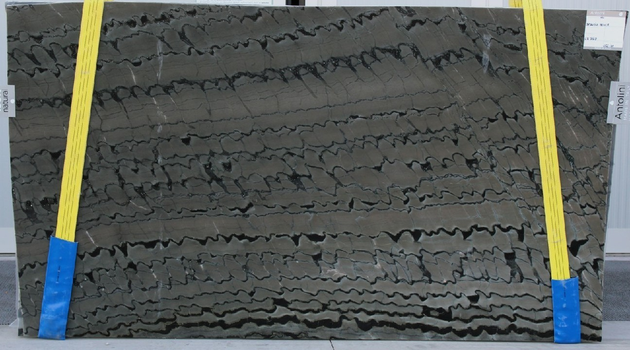 Sequoia Black soft quartzite