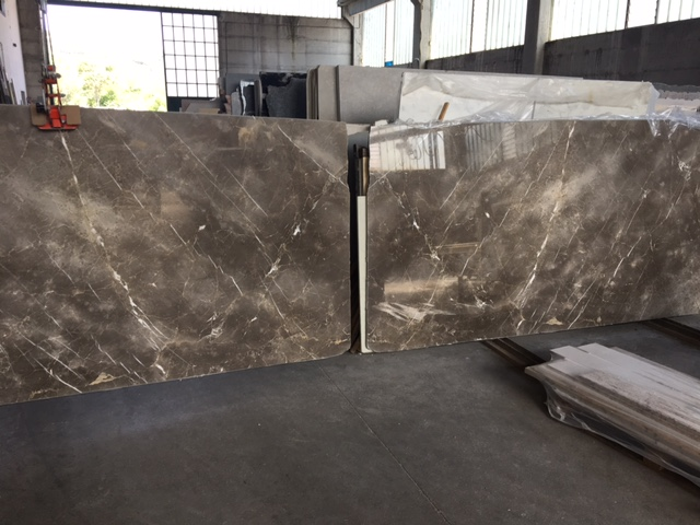 Selection of the marble slabs